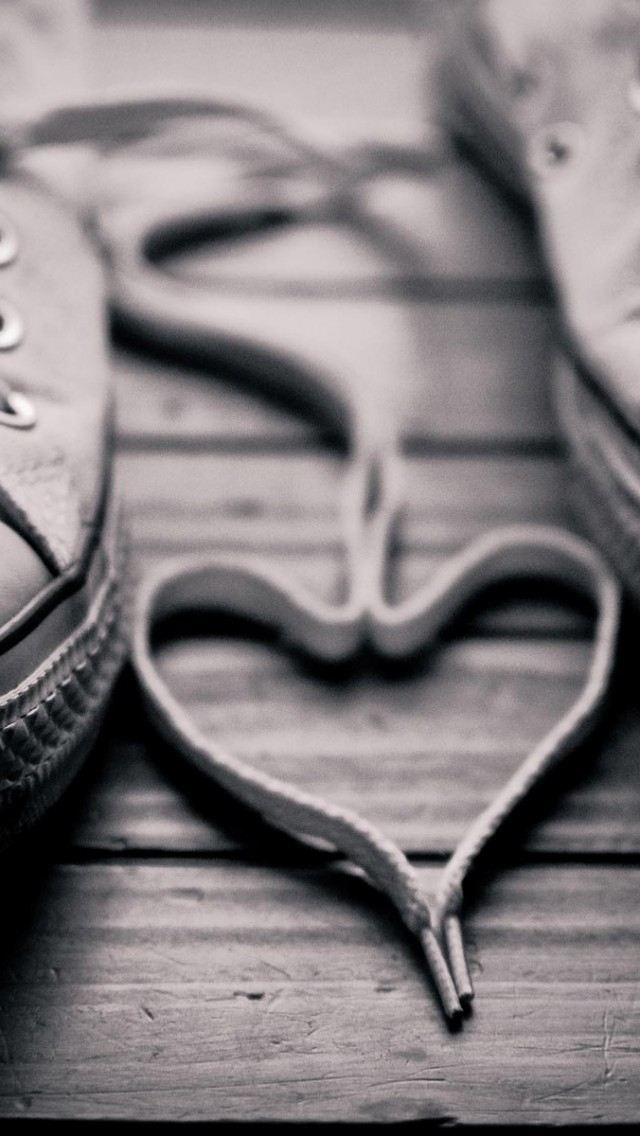 Love Sneakers iPhone Wallpaper
