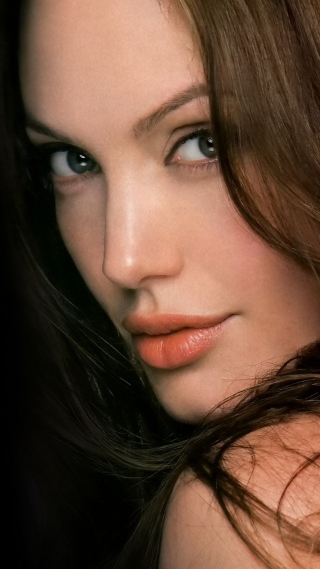 Beautiful Angelina Jolie