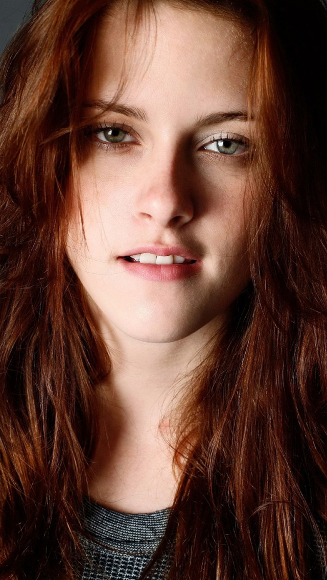 Beautiful kristen stewart mobile wallpaper phone background voltagebd Image collections