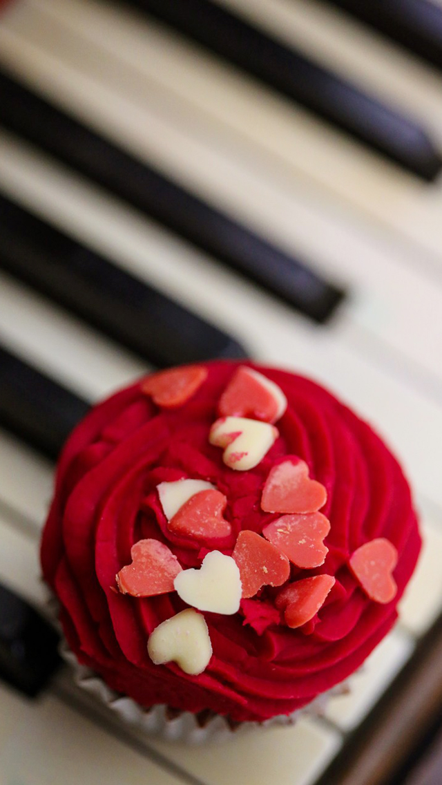 Love Cookies On Piano
