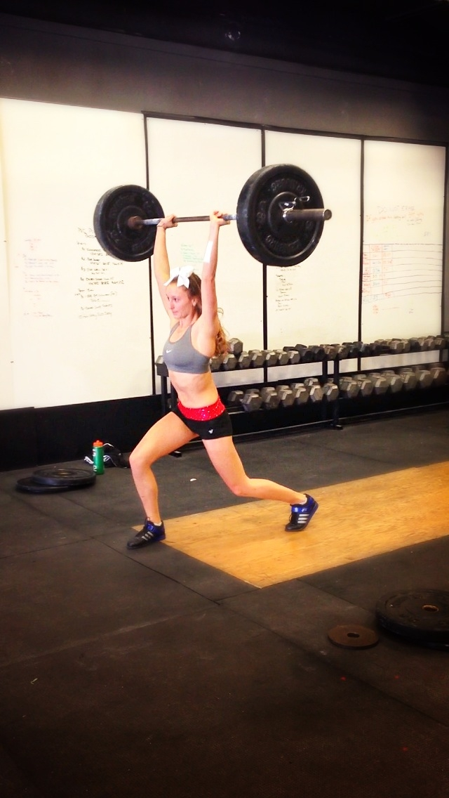 Sexy Girl Weightlifting