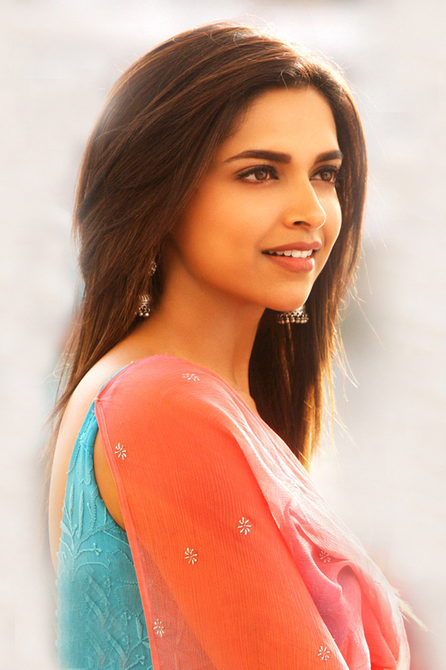Sweet Deepika Padukone Photo