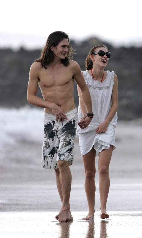 Orlando Bloom Beach Couple