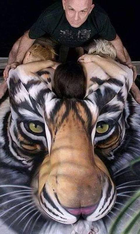 Body Printing Lion Art Wallpaper