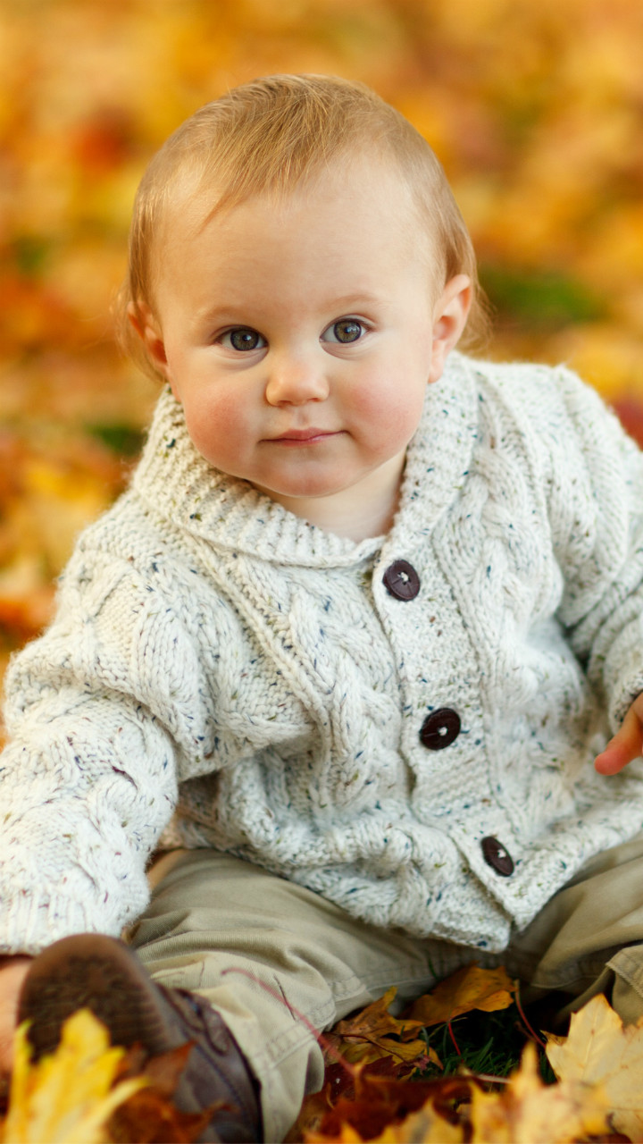 Autumn Baby Cute Wallpaper