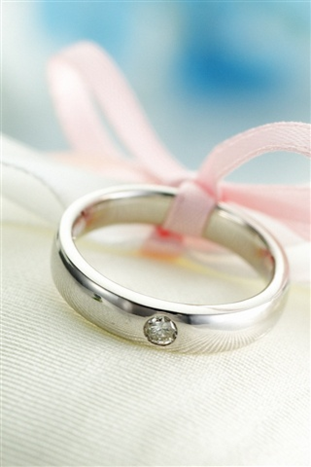 Lovely Ring iPhone Hd Wallpaper