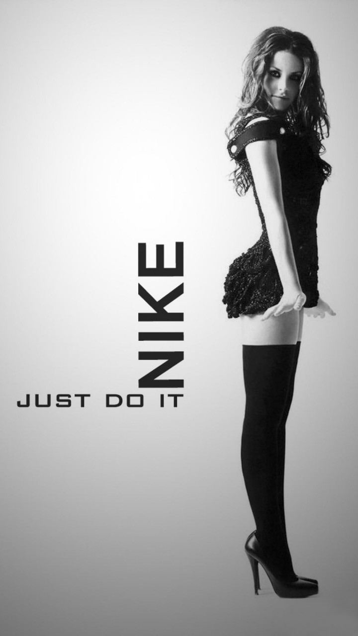 Hot Nike Girl Wallpaper