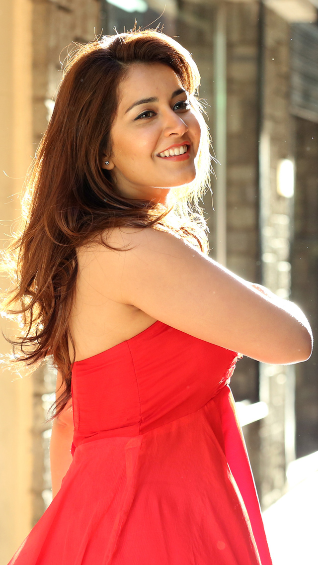 Rashi Khanna HD Photo